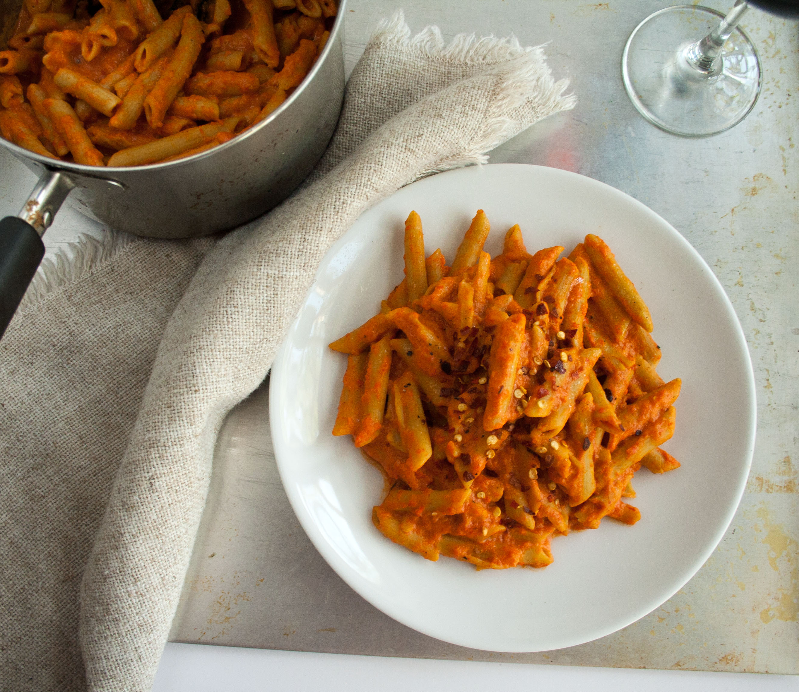 Roasted Red Pepper Pasta birds eye view.