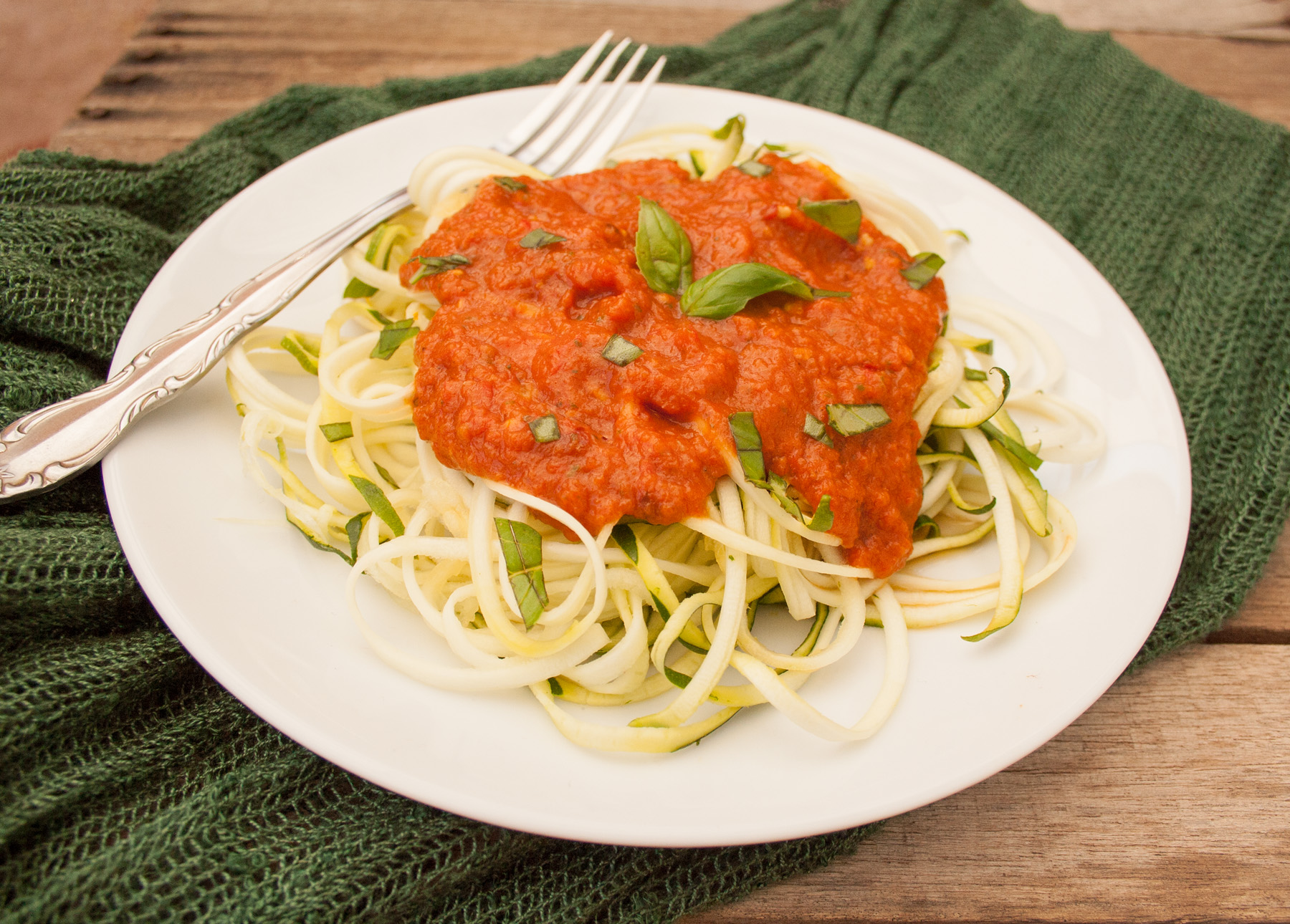 Zucchini Noodles with Raw Red Pepper Sauce