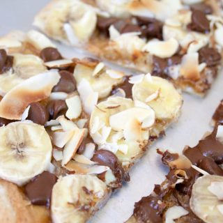 Banana, Chocolate and Peanut Butter Dessert Pizza