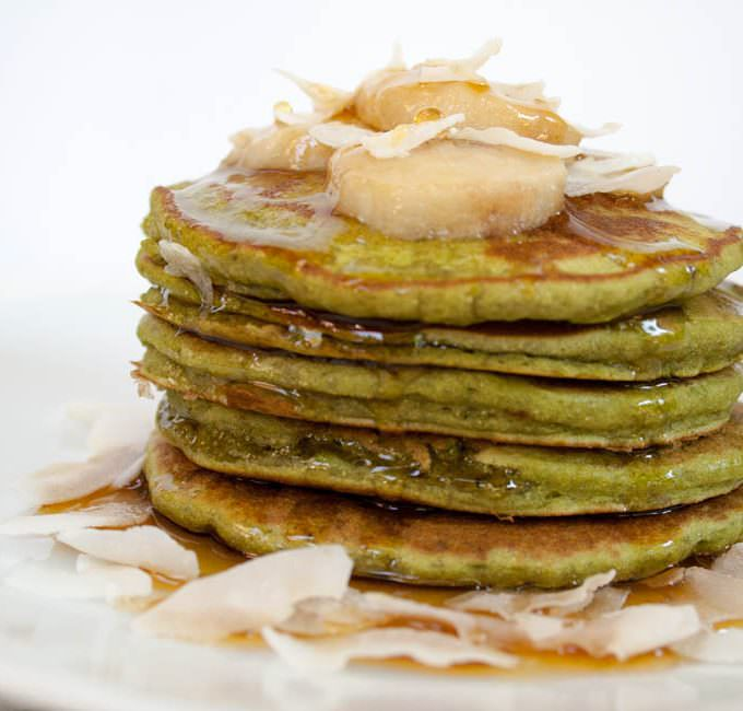 Matcha Banana Pancakes