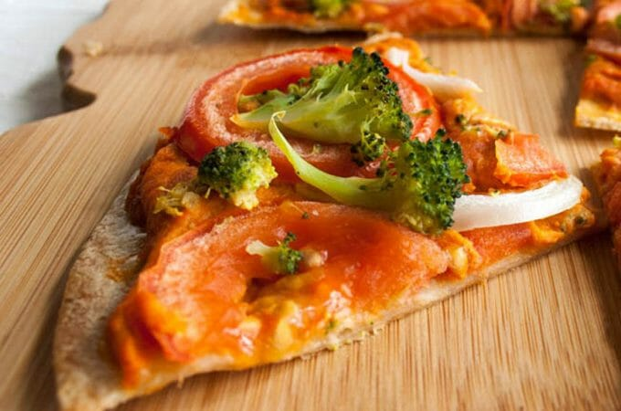 Spicy Hummus Tortilla Pizza