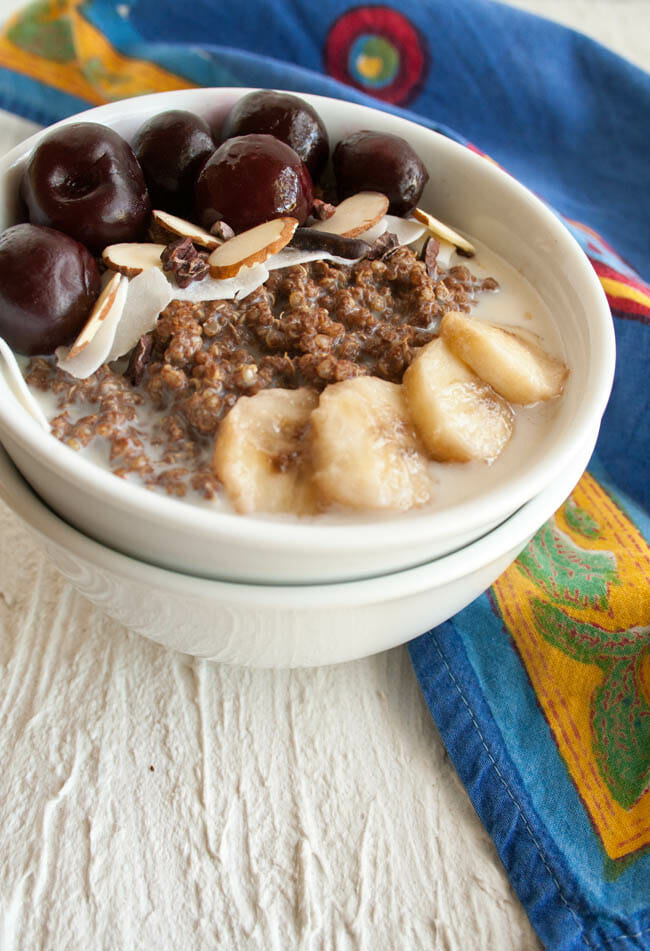 Chocolate Quinoa Breakfast Bowl