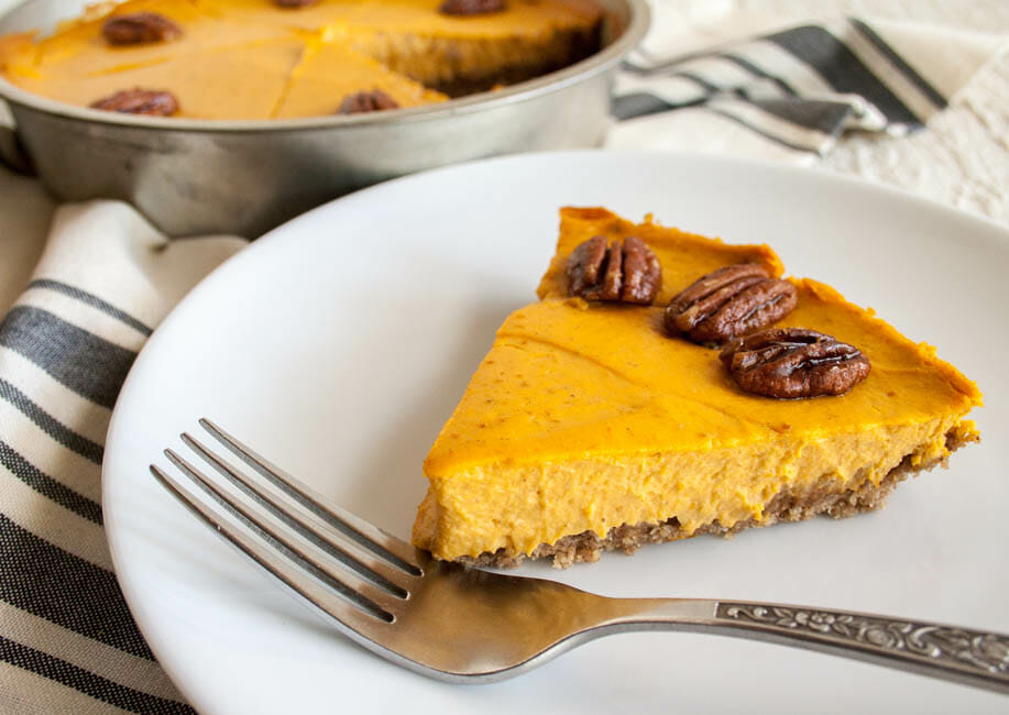 Creamy Vegan Pumpkin Cheesecake