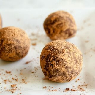 Melt-In-Your-Mouth Mexican Chocolate Truffles