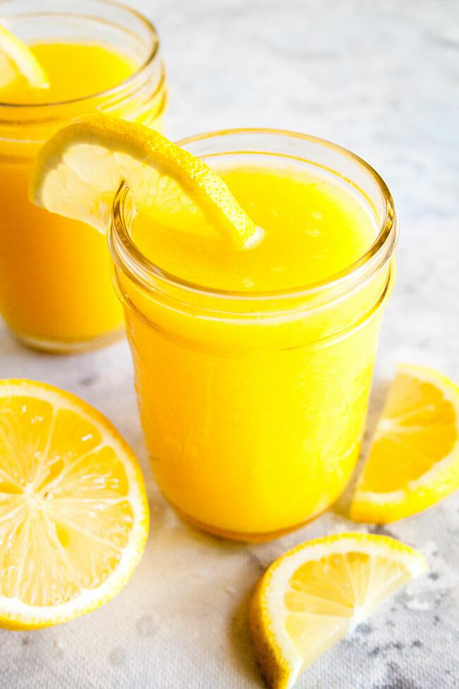 Mango Lemonade in mason jars.
