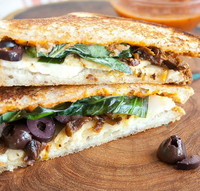 Vegan Pizza Grilled Cheese