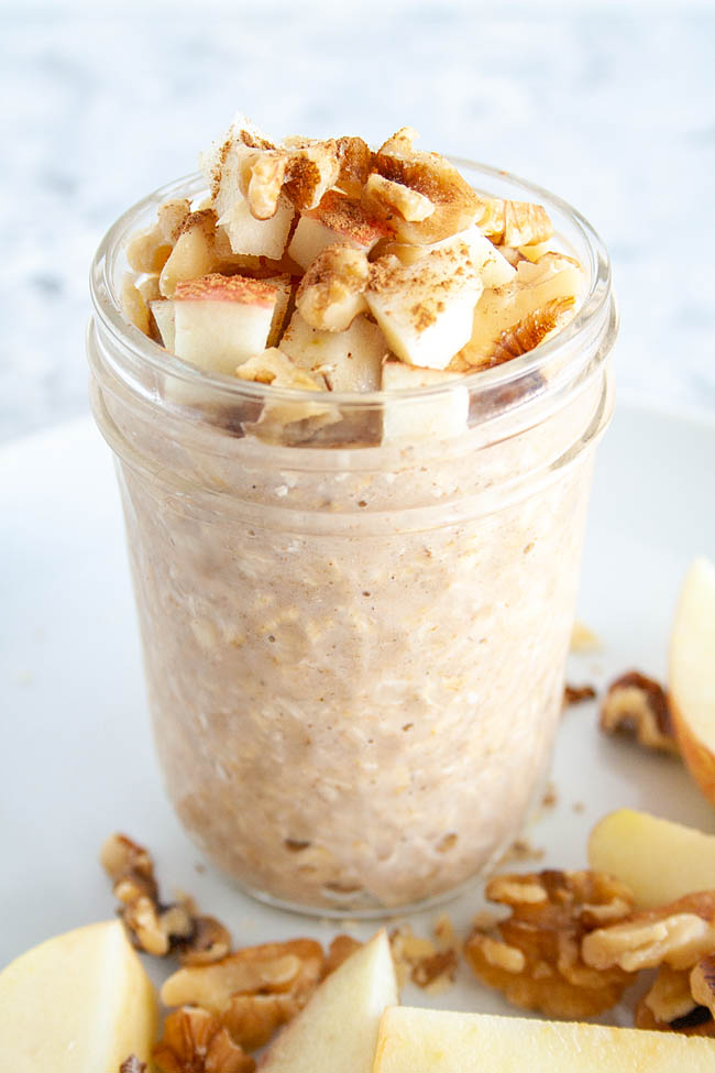 Apple Pie Overnight Oats in a mason jar.
