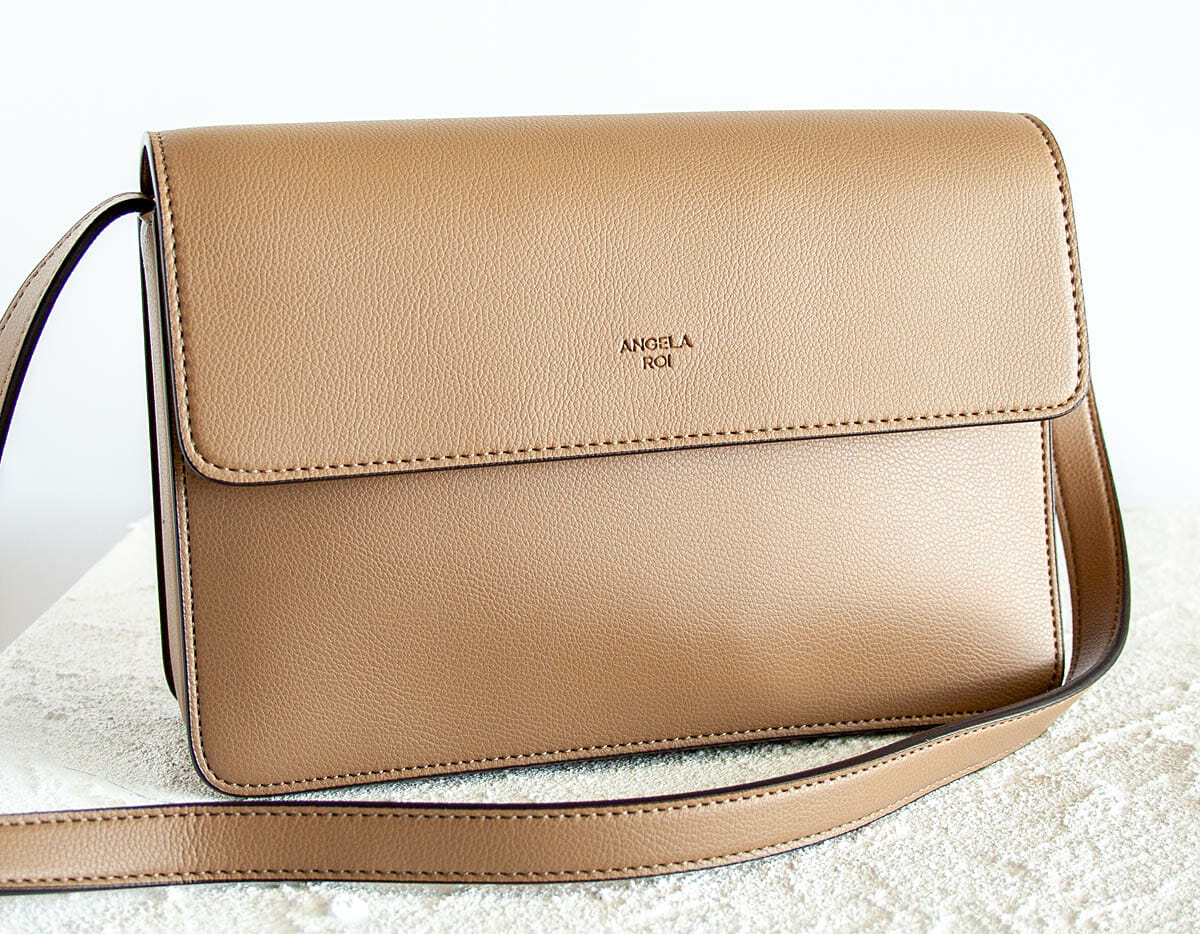 Hamilton Crossbody in mud beige