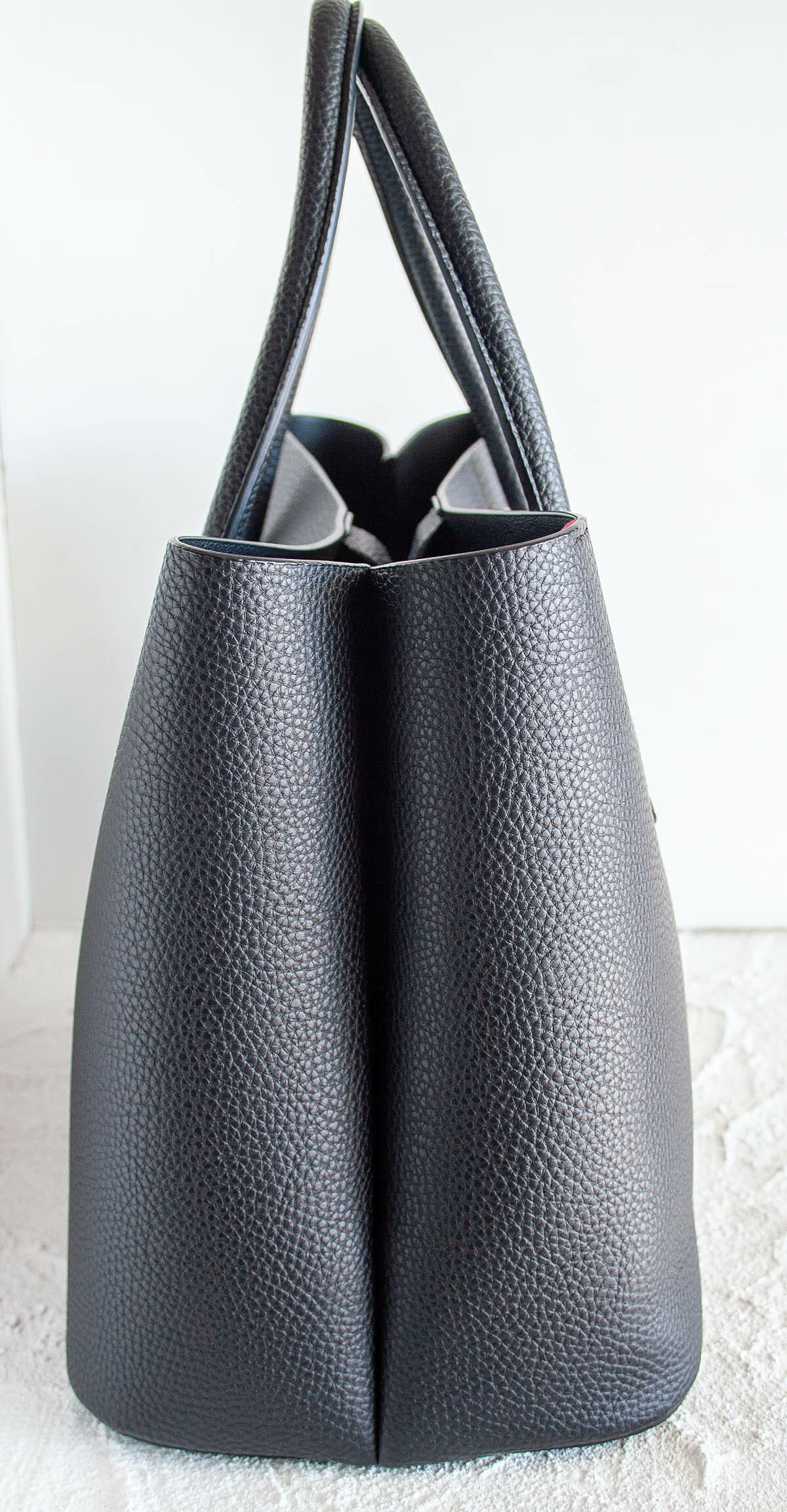 Angela Roi Cher Tote sideview.